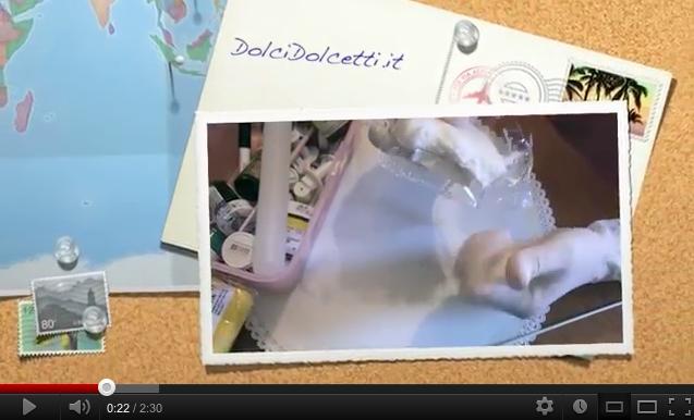 Video tutorial : come preparare la pasta di zucchero colorata