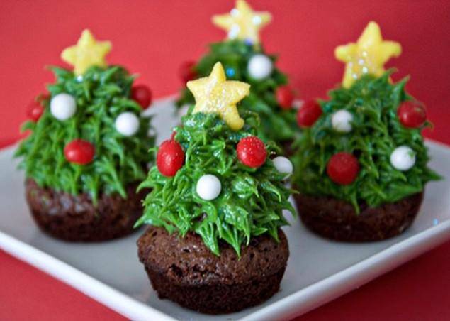 Cupcake decorati ad albero di Natale