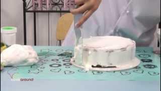 Come ricoprire una torta in pasta di zucchero